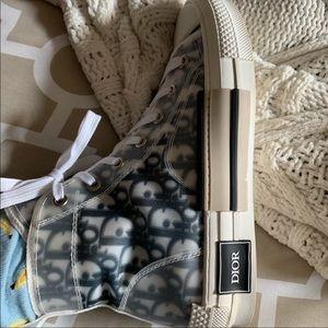 Dior sneakers!